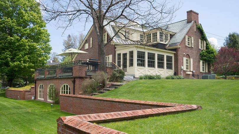 Montgomery House Exterior